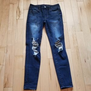American Eagle Hi-Rise Jegging distressed jeans 6